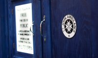http://www.ambient-mixer.comTravel with the Tardis