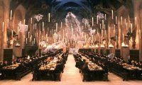It's time for dinner at Hogwarts!