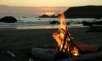 https://www.ambient-mixer.comCamping & Bonfire By The Sea